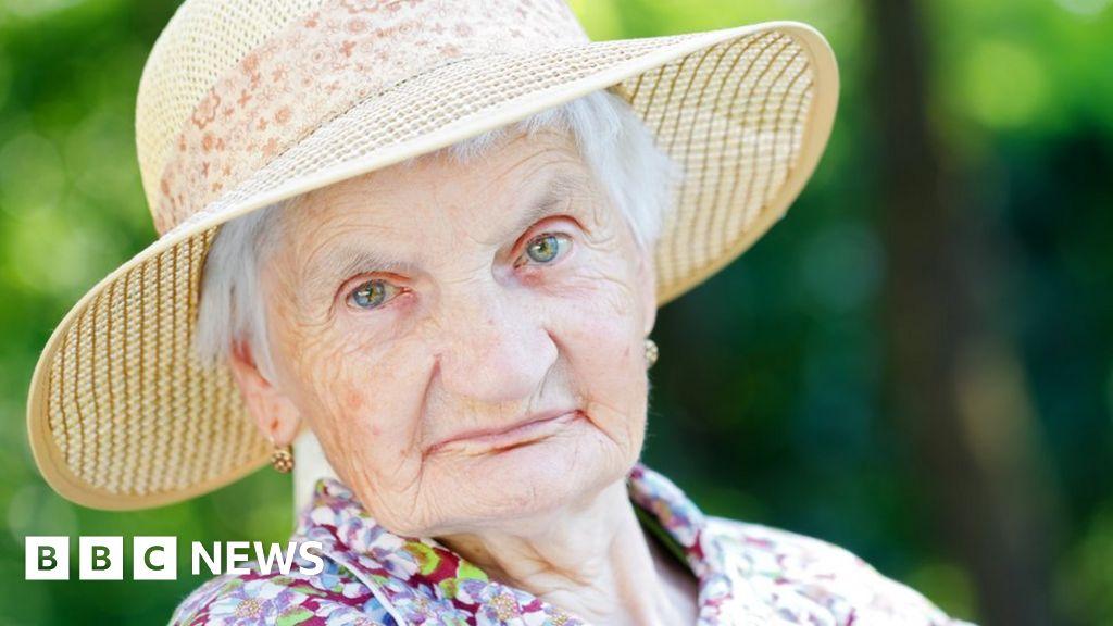 how to get dementia patients to bathe