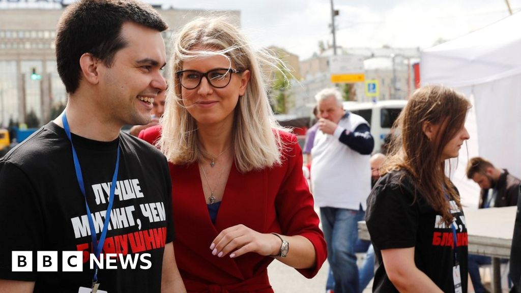 Lyubov Sobol: The woman driving Russia s opposition protests