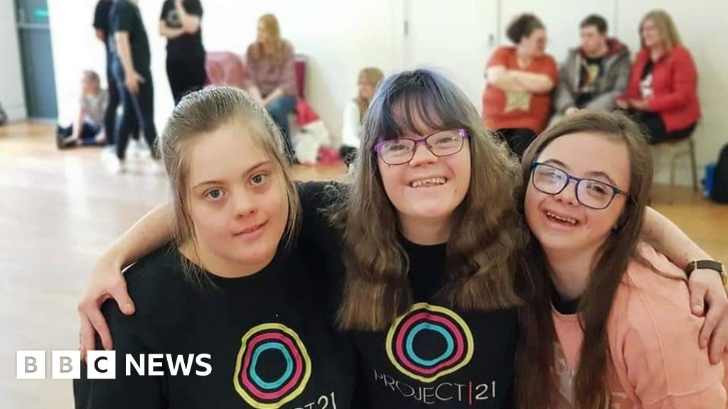 Coronavirus: Dancers with Down's syndrome vow to carry on thumbnail
