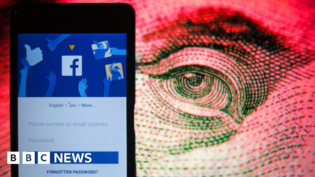 Private messages from 81,000 hacked Facebook accounts for sale