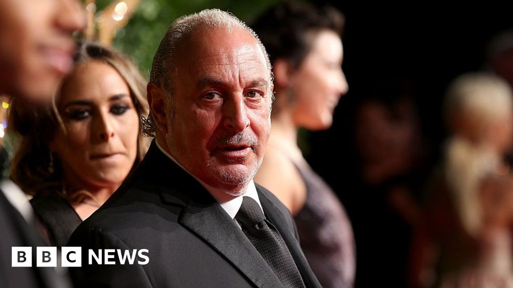 Sir Philip Green's Arcadia 'sorry' after notice pay row  image