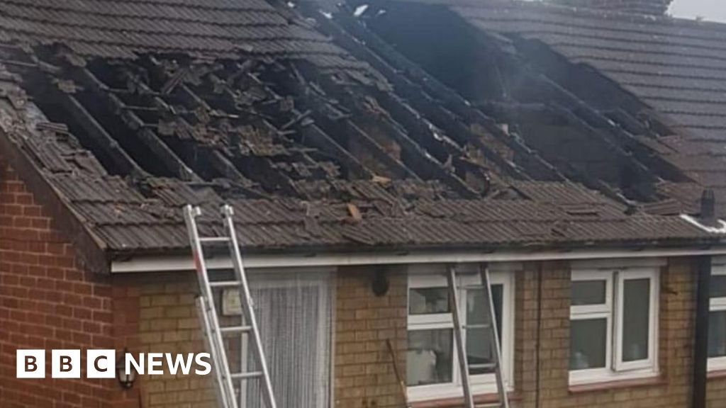Sandiacre family of lightning strike the roof of the fire saved by the neighbours