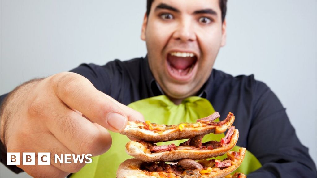 'Four hours to walk off pizza calories' warning works, experts say