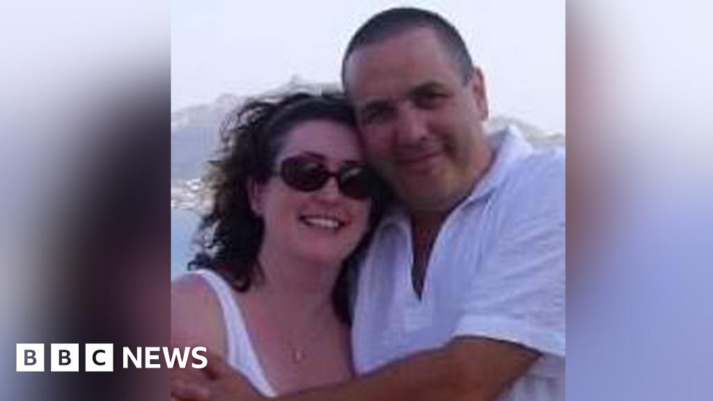 Coronavirus: Barnardo's declares fostering 'disaster' in lockdown thumbnail