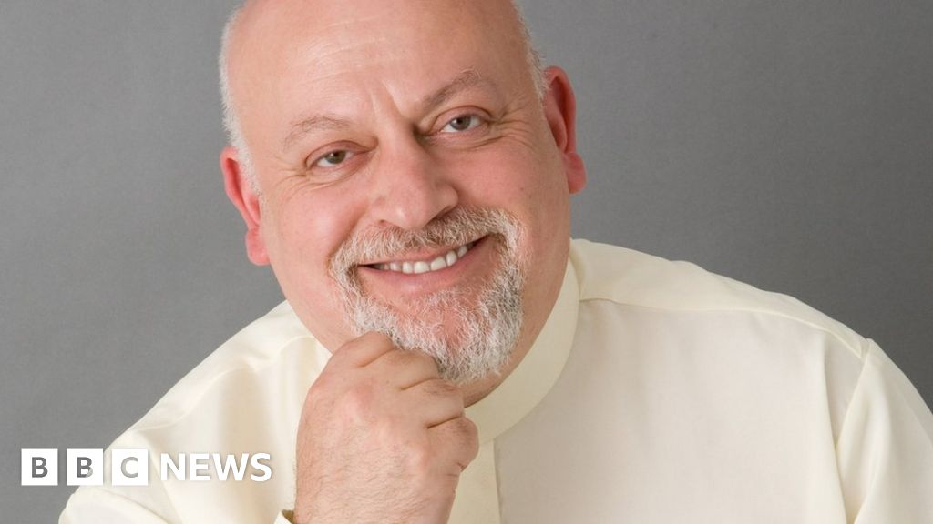 Astrologer Jonathan Cainer: Daily Mail horoscope writer