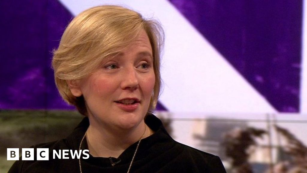 "Stella is crazy: UK s first  representative-MP"" to the maternity leave"