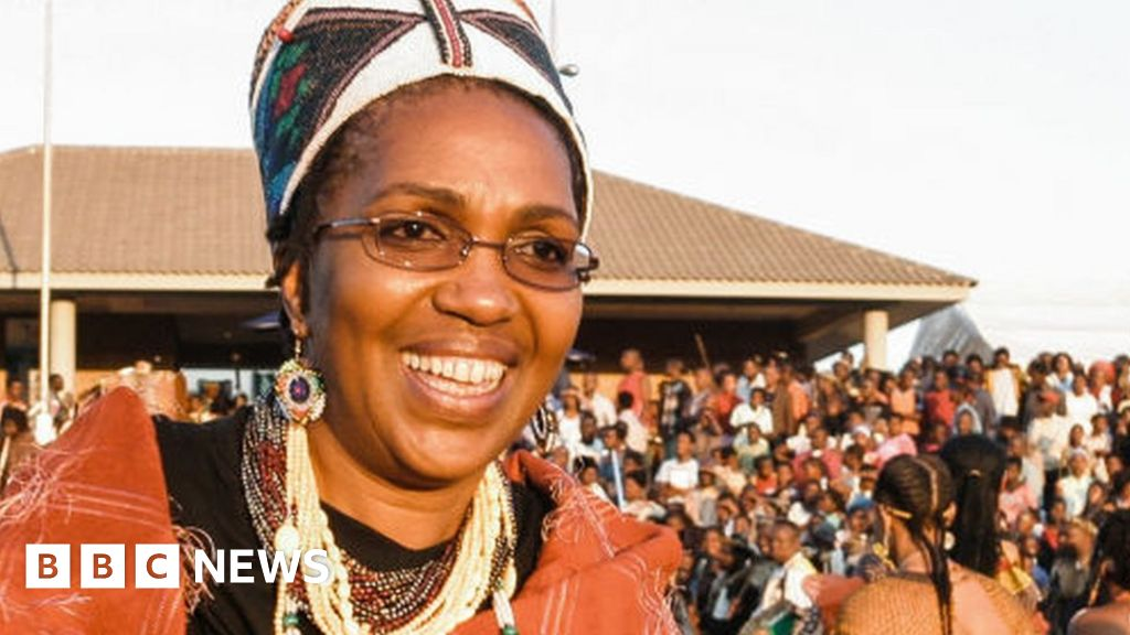 Zulu Queen: Mantfombi Dlamini-Zulu buried amid succession row