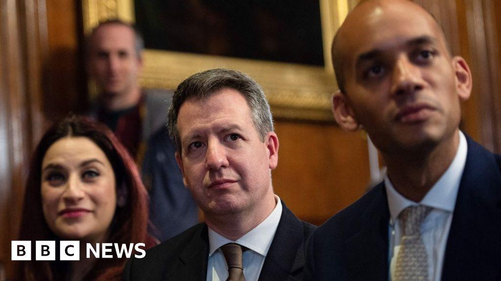 Corbyn calls on Labour defectors to quit