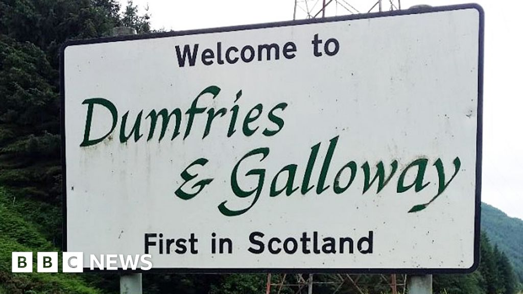 Dumfries and Galloway Council weighs up Gaelic on welcome signs thumbnail