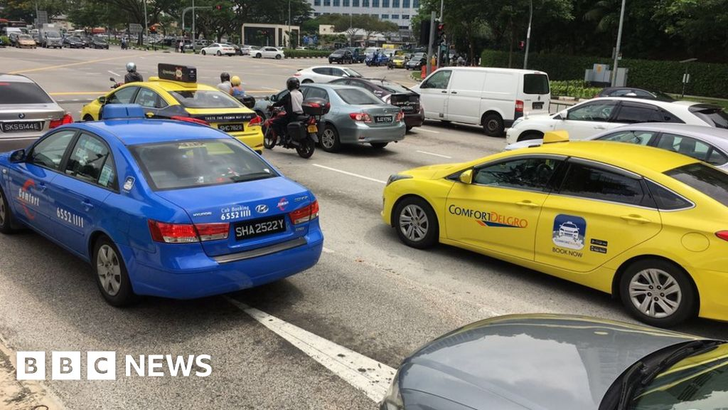 Yellow taxis 'have lower accident rate than blue ones ...