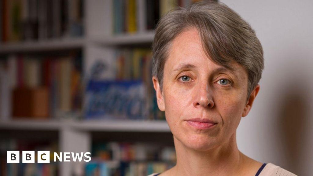 University of Sussex backs professor in free speech row