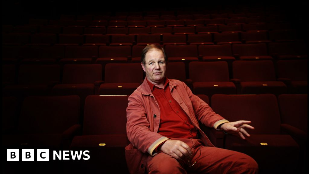 Michael Morpurgo on keep right on to the end of the road