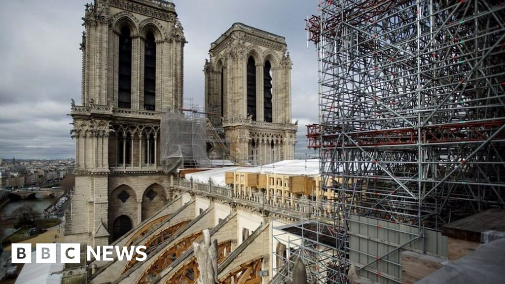 Notre Dame fire: Fragile old lady of Paris, waiting for rescue