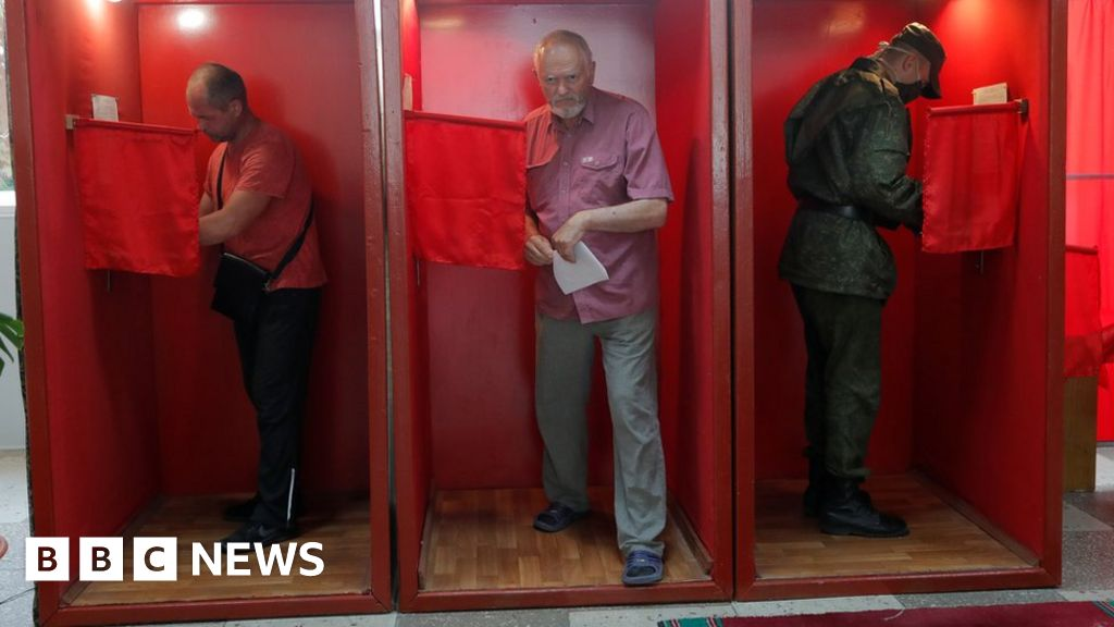 Veteran Belarus leader tested by political novice