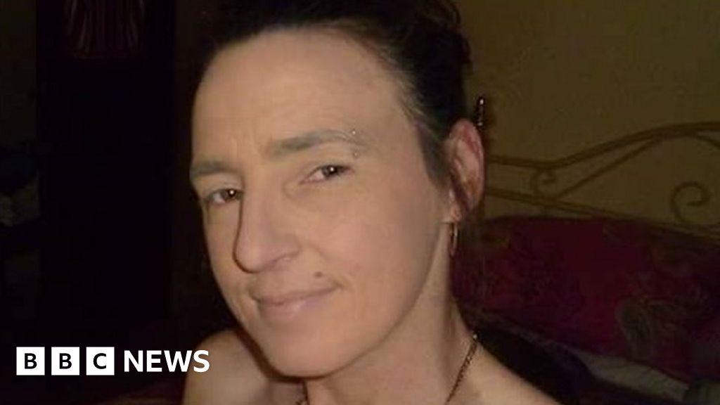 Man 'snarled after running over woman' in Hemel Hempstead - BBC News