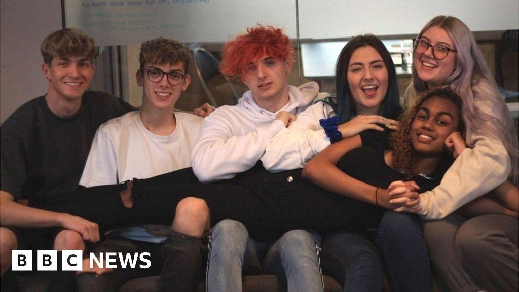 Coronavirus: UK's first 'TikTok house' opens during outbreak thumbnail