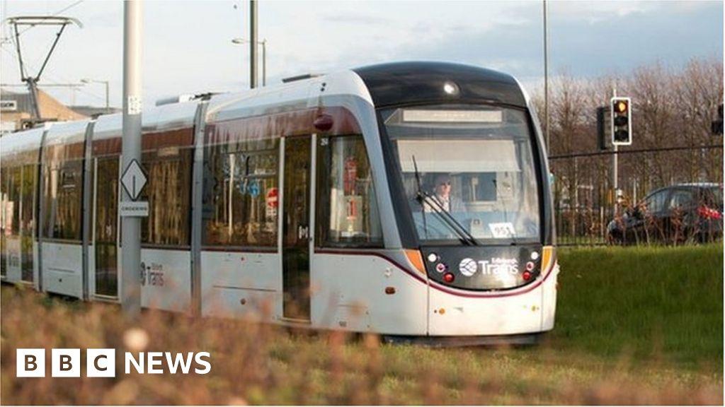 Tram on track at Gogar