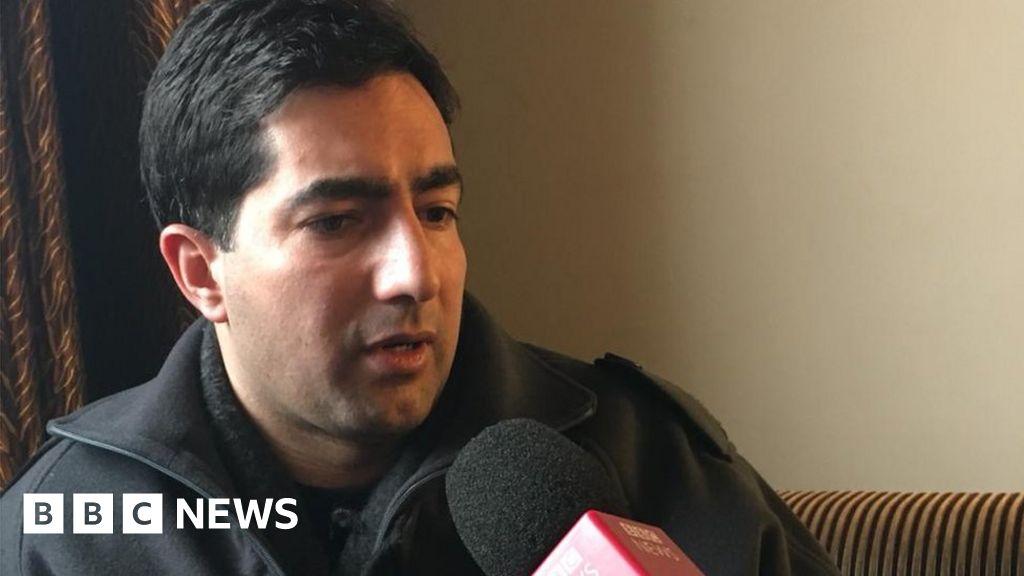 India detains Kashmir politician at airport