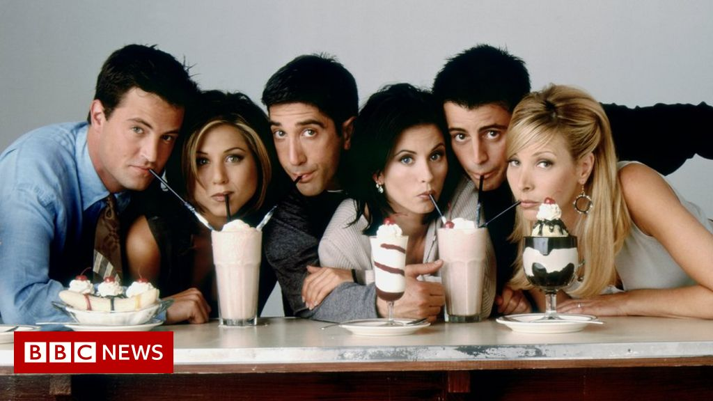 Friends reunion 'put back to March', says Matthew Perry
