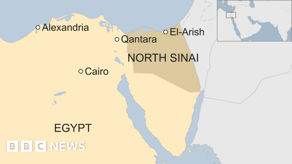 IS attack on Sinai convoy 'kills 18 Egyptian police' - BBC News