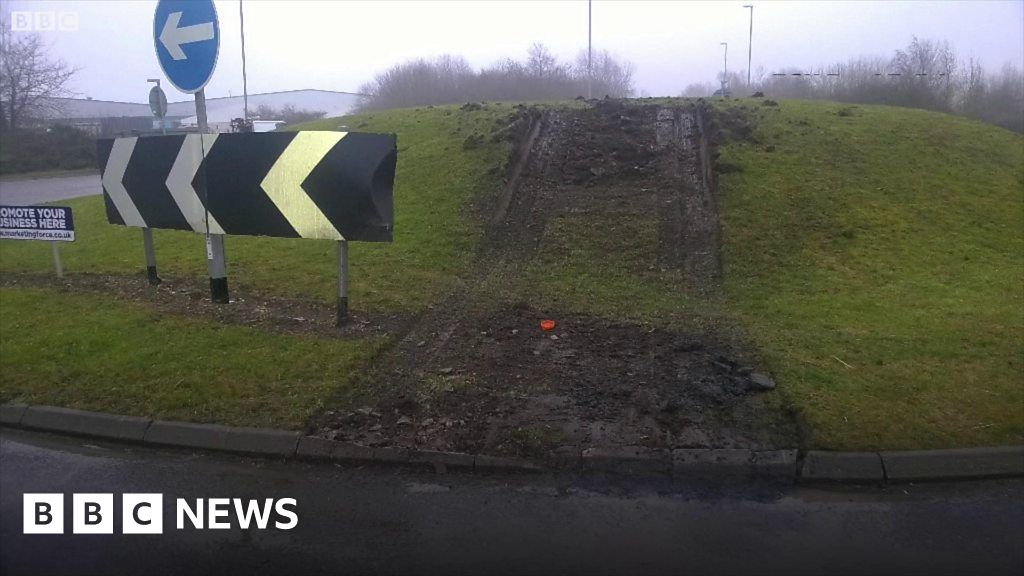 Lorry driven over middle of roundabout near Ely