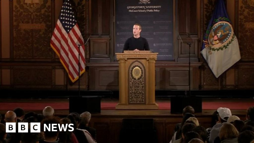 Facebook chief rules out banning political adverts