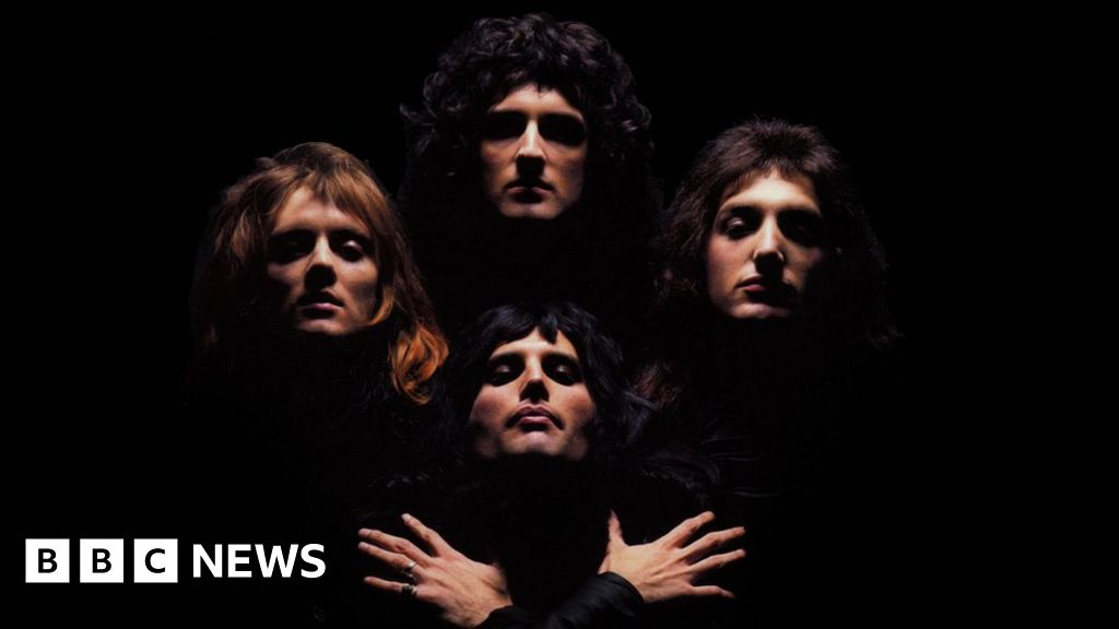 Brian May On 40 Years Of Bohemian Rhapsody I Still Listen To It In