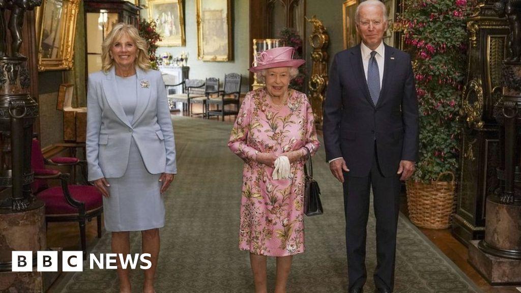 Queen meets Joe Biden at Windsor Castle – BBC News