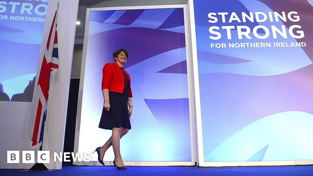 Democratic Unionists facing divisive leadership battle