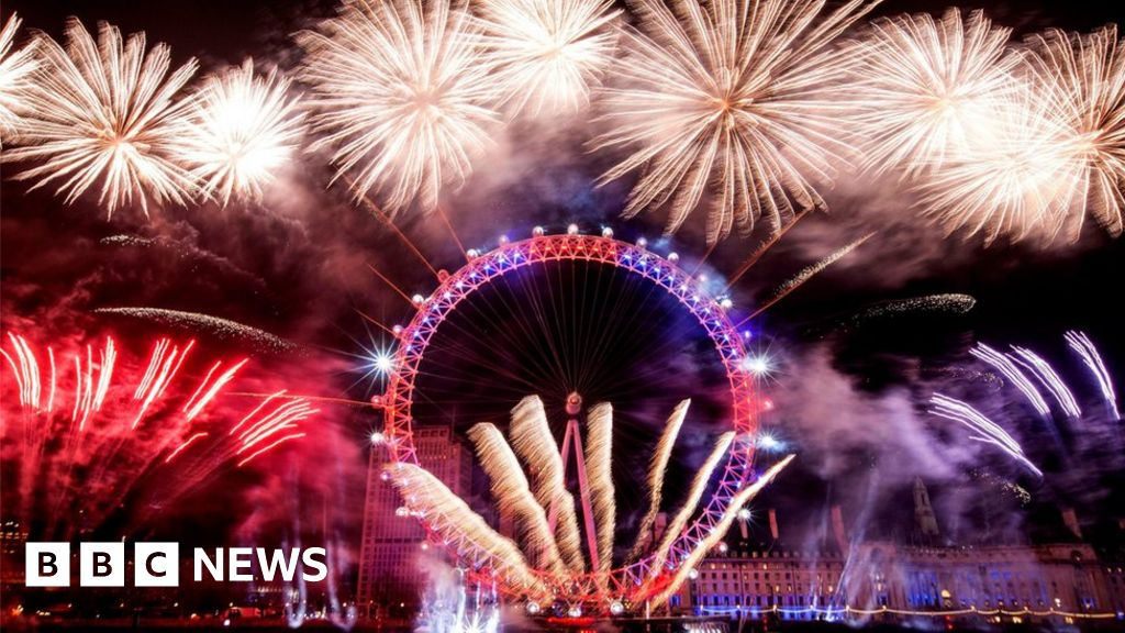 new year fireworks show london is open bbc news