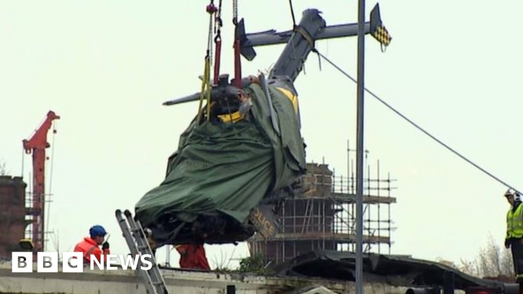 Clutha helicopter pilot given five low fuel warnings - BBC News