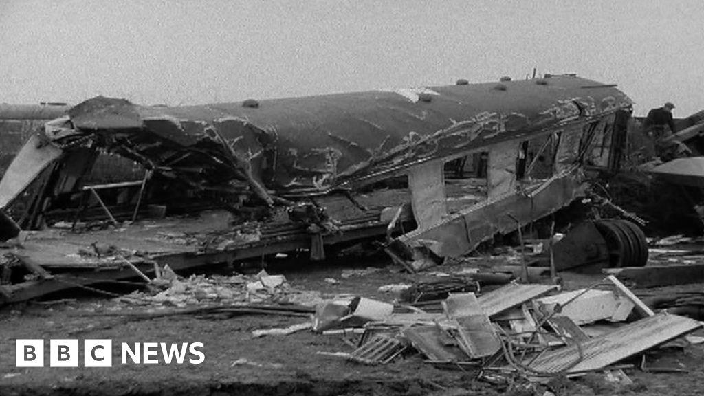 Scene of the train crash in Hixon 1968