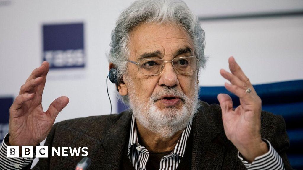 Plácido Domingo apologises to accusers