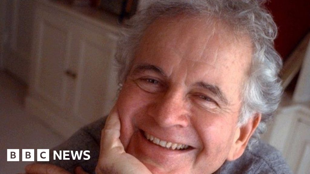 Sir Ian Holm Lord of the rings and Alien star dies at the age of 88