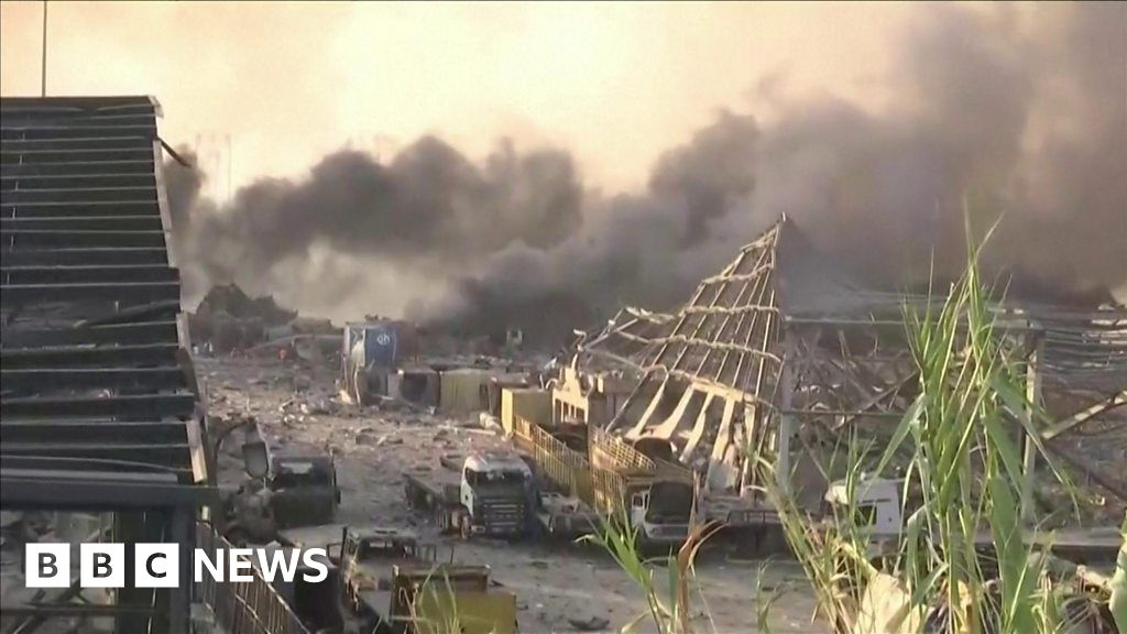 Beirut blast leaves extensive damage ahead of Hariri verdict thumbnail