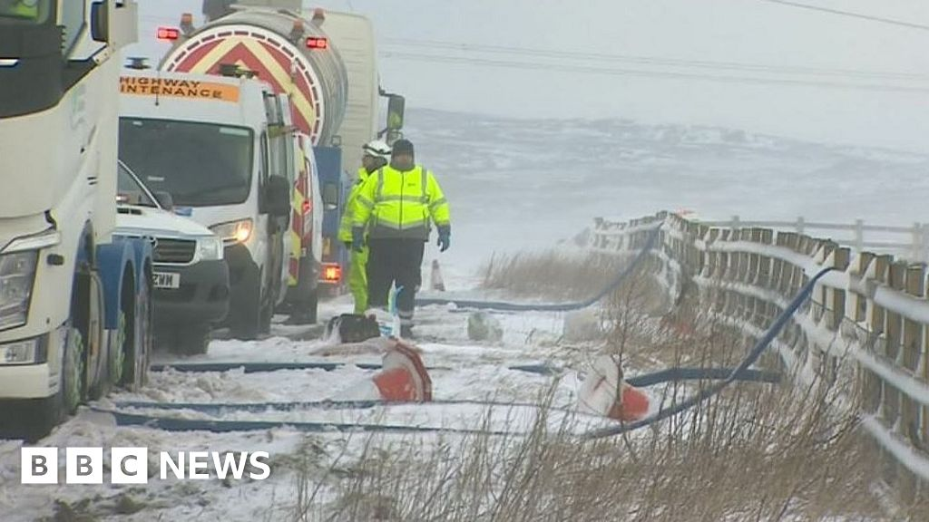 Storm Ciara: Engineers complete Cumbria water pipe repairs thumbnail