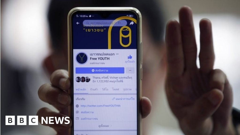 Thailand protests: Authorities move to ban Telegram messaging app