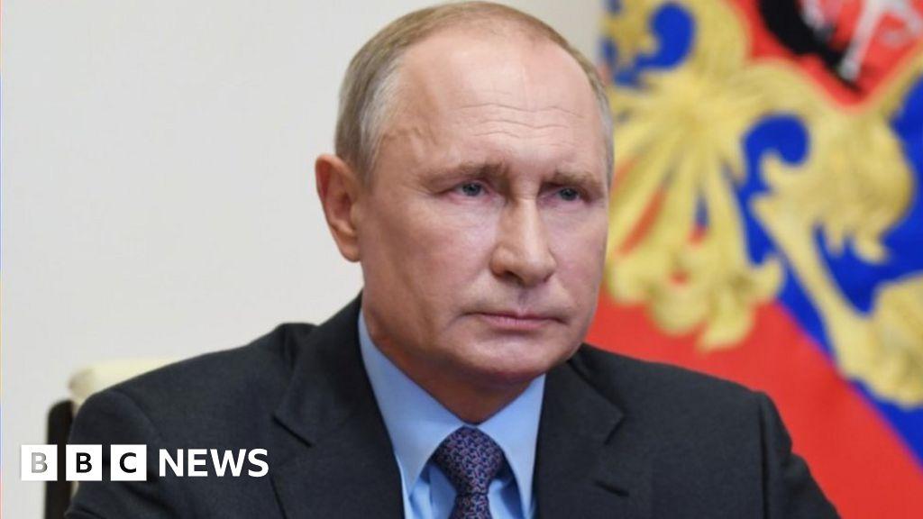 Coronavirus: Putin eases Russian lockdown as cases ris thumbnail