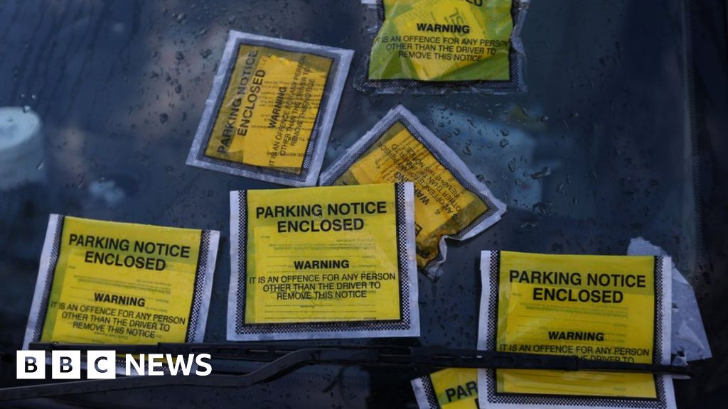 Rogue' parking companies face government crackdown - BBC News