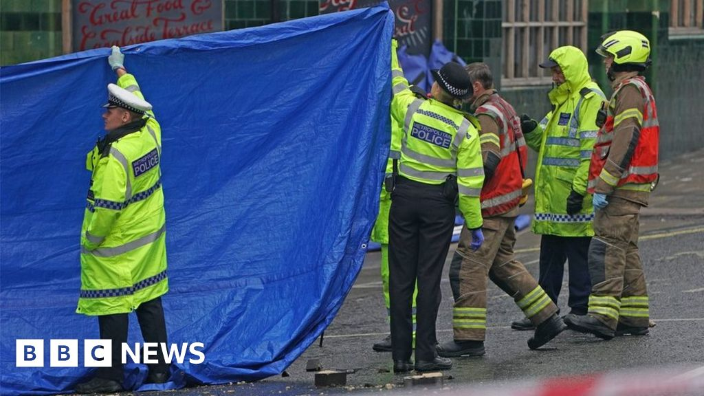 Notting Hill crash: Three dead after car hits block of flats and catches fire