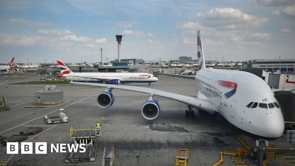 Climate change: Airlines accused of 'putting profit before planet'