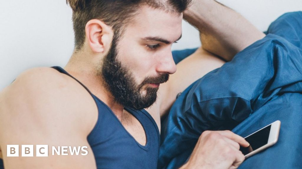 Scruff gay dating app bans underwear photos