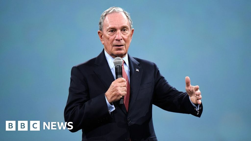 Billionaire Bloomberg considers run for president thumbnail