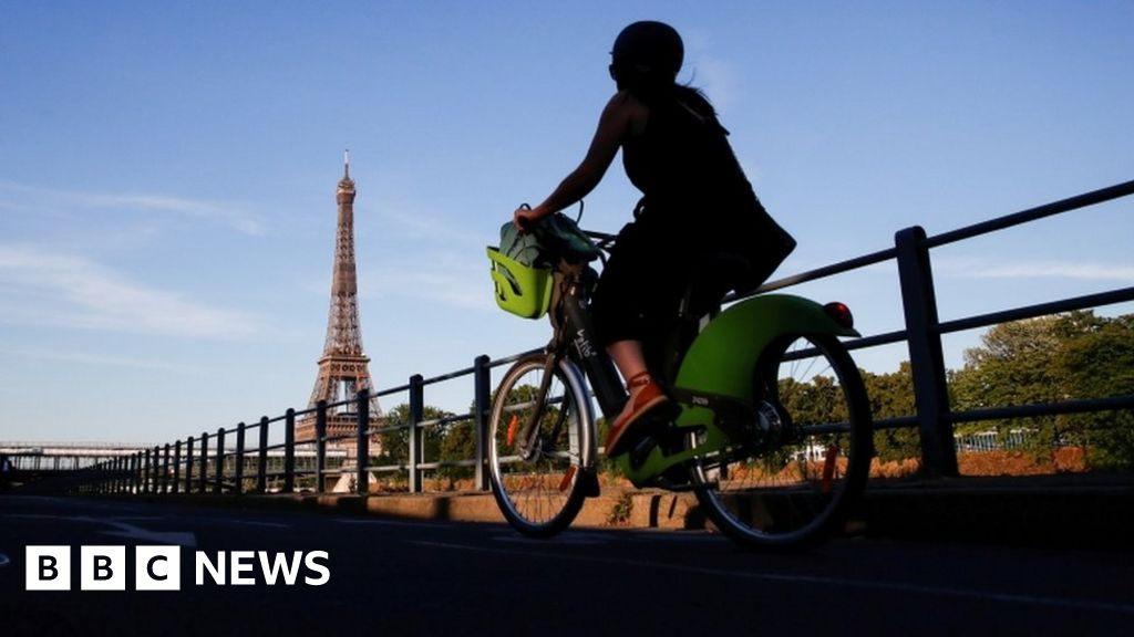 Paris wants to ban traffic in the city center by 2022
