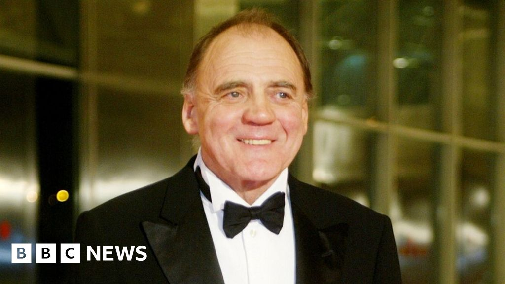 Downfall's Hitler actor Bruno Ganz dies