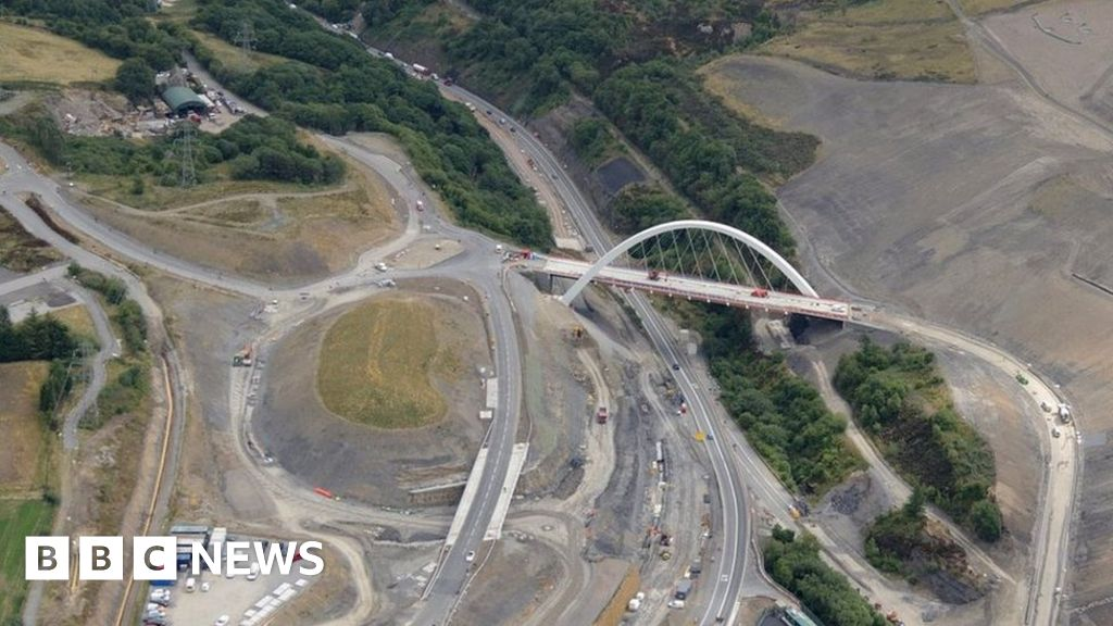 Heads of the Valleys road upgrade: Gilwern to Brynmawr delays