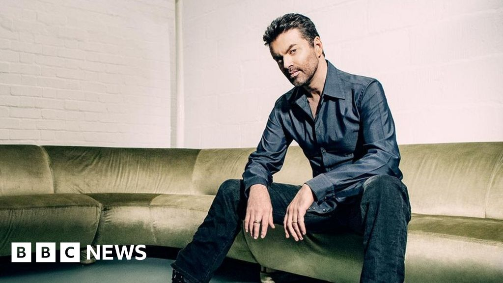 George Michael: Upbeat new song premieres on Radio 2