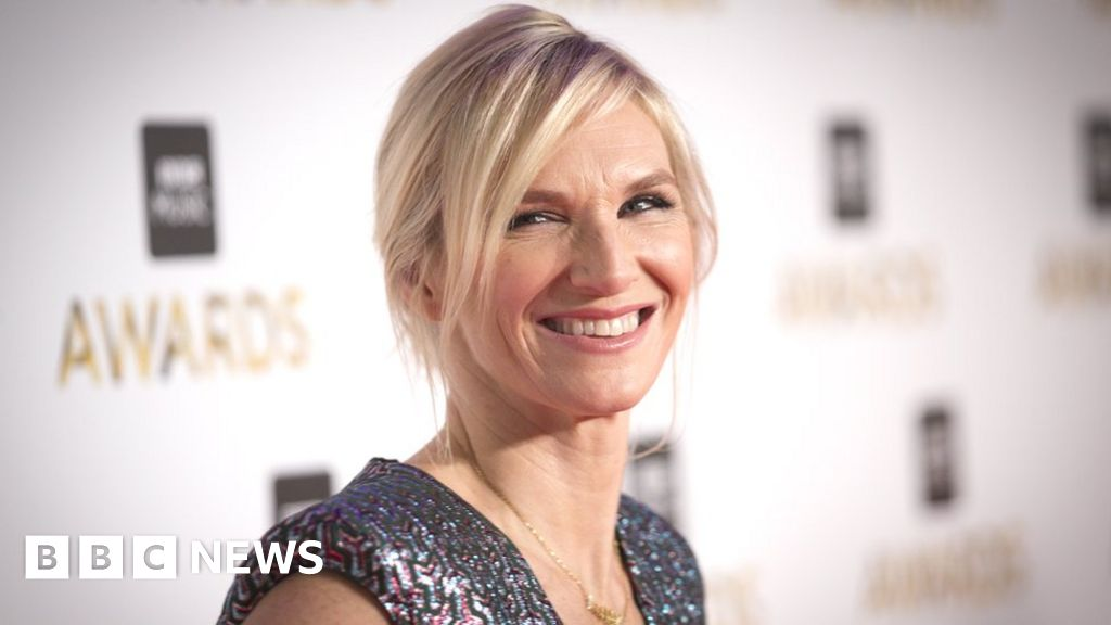 Jo Whiley moves in Radio 2 shake-up