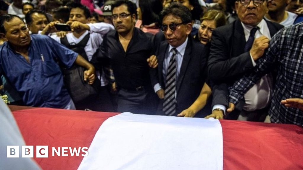 Anger voiced at ex-Peru leader's wake