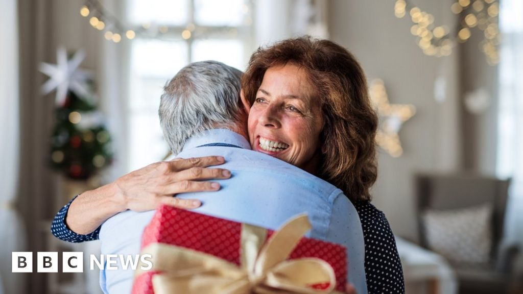 Covid: Don't hug elderly relatives at Christmas warns Chris Whitty